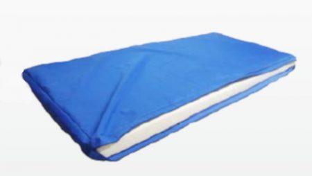 Vízálló matracvédő huzat ápolási matrachoz kék zippzáras 200 x 90 x 10 cm